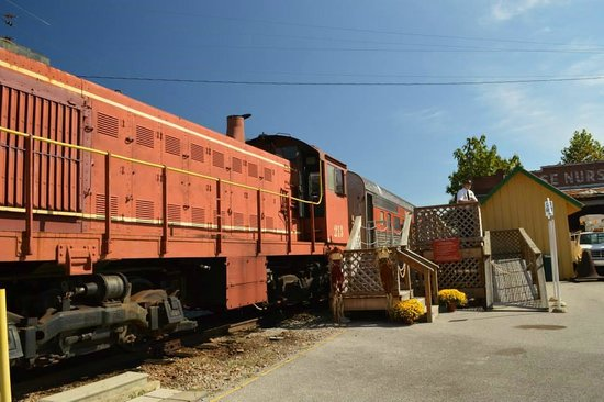 North Alabama Railroad Museum: All Aboard!