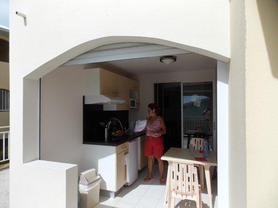 Hôtel Corail Résidence : kitchenette