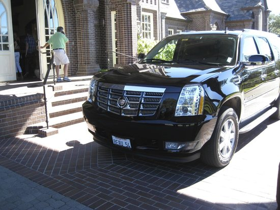Beau Wine Tours: OUR UNCOMPROMISINGLY CLEAN AND COMFORTABLE RIDE