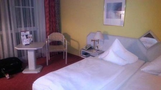 BEST WESTERN PLUS Parkhotel Erding: The room