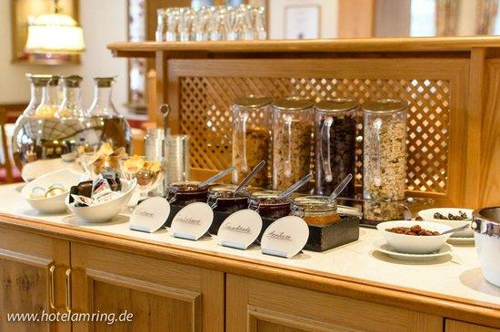 Arthotel ANA Flair: Frühstücksbuffet