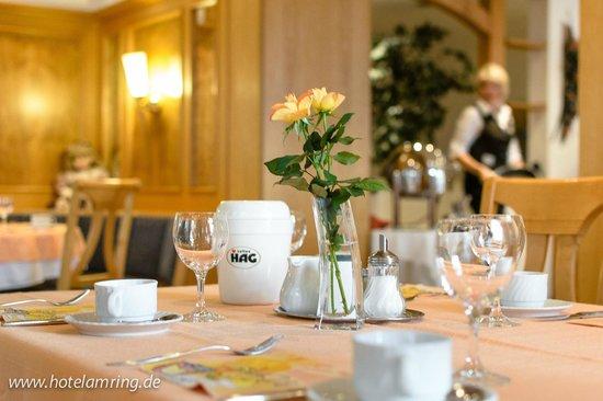 Arthotel ANA Flair: Frühstückstisch