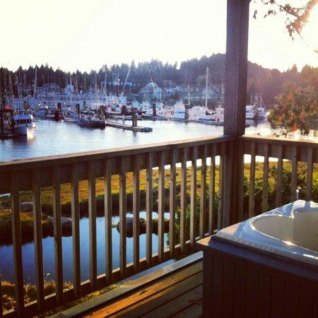 Water's Edge Shoreside Suites: Waters Edge Resort