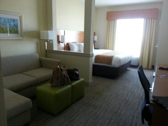 Comfort Suites Bossier City: King Room