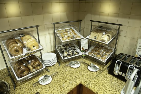 Residence Inn Gulfport-Biloxi Airport - Renovated: Breakfast Choices