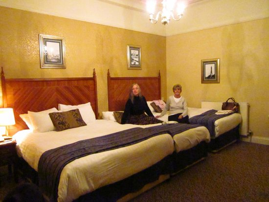 The Imperial Hotel : Our room