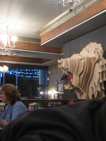 The Albert and The Lion: The interior