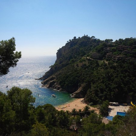 Bike Breaks Girona Day Tours: Tossa De Mar area view from coast road ride