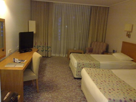 Miracle Resort Hotel: room 1623