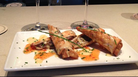 Del Frisco's Grille : Cheesesteak Eggrolls