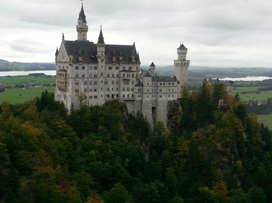 Neuschwanstein Castle: Neuschwainstain Castle