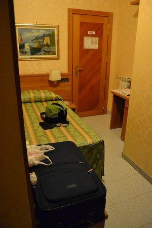 Hotel Teti : Habitación