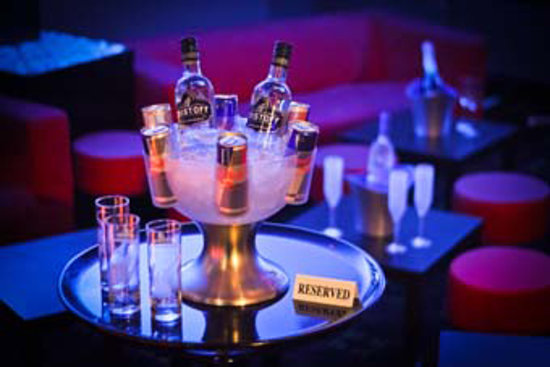 Pranj's Bar: Group bookings & birthdays welcome