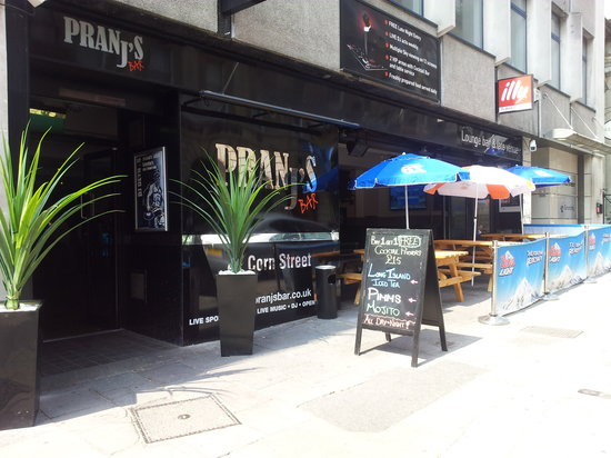 Pranj's Bar