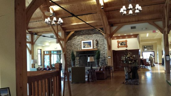 Stonewall Resort: Main lobby area.