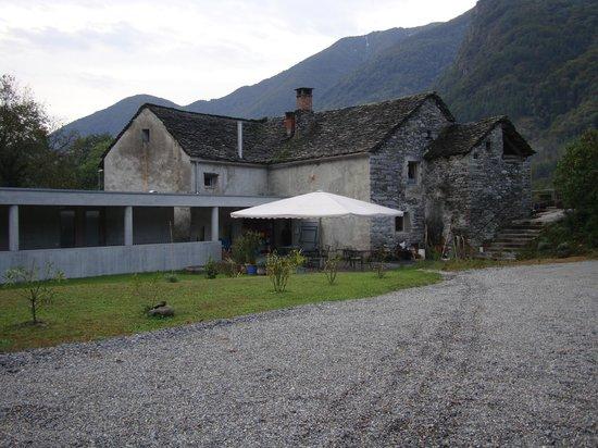 Hotel Casa Martinelli: Eingang und Sitzplatz