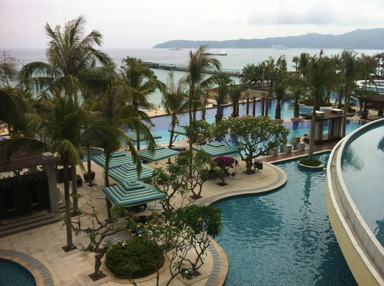Holiday Inn Resort Sanya Yalong Bay: Main swimming pool