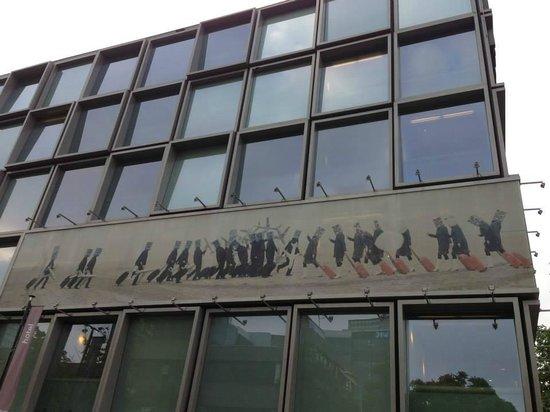 citizenM Amsterdam: External.