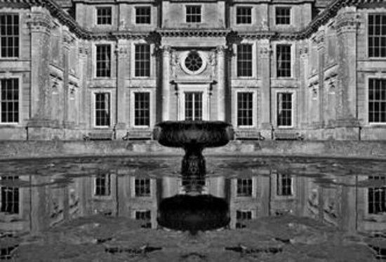 Appuldurcombe House: Appuldurcombe Symmetry Photograph