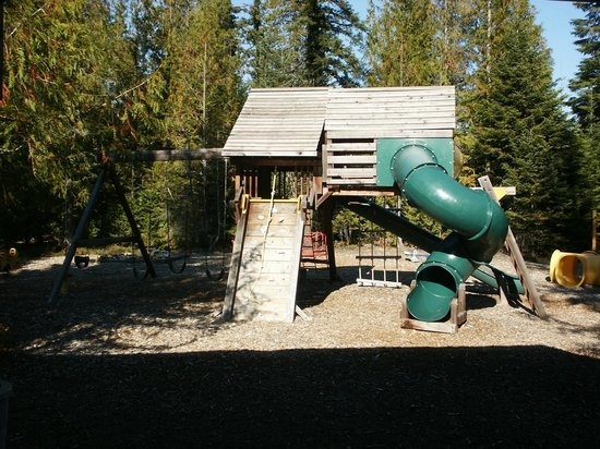 Coolin Motel at Priest Lake: Kids Play Area