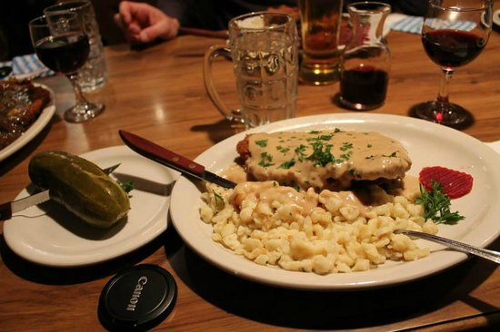 Andreas Keller Restaurant Cordon Bleu Schnitzel