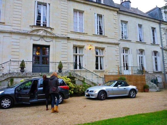 Chateau de Beaulieu : the front