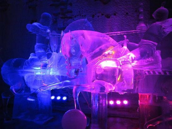 The Aurora Ice Museum: Ice Scupltures