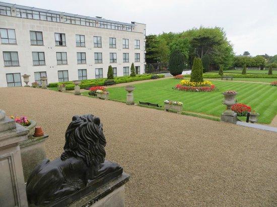 Radisson Blu St. Helen's Hotel, Dublin: Hotel Grounds
