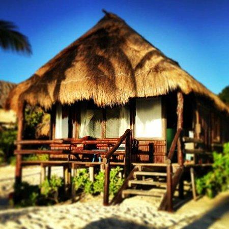 Tulum Hemingway Romantic Cabanas : Our beach cabana