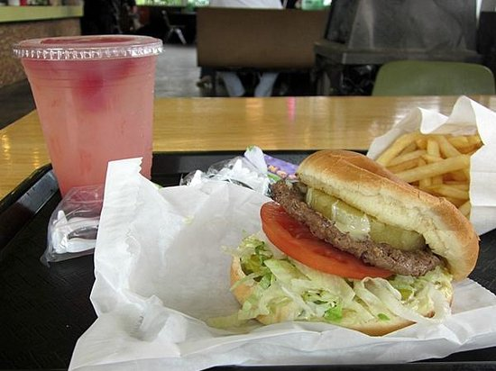 Sully's Drive-in : Sully's Bella Burger and Twilight Punch