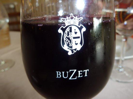 Le Vigneron : Buzet Wine