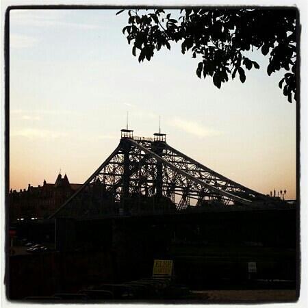 Blaues Wunder (Loschwitzer Brücke): Herbstabend