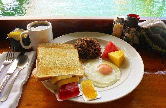 Banana Bay Marina Restaurant: Free Hotel Breakfest
