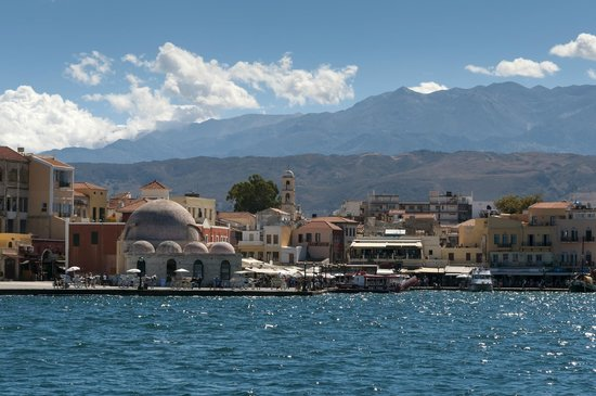 Chania Harbour - Picture of Old Venetian Harbor, Chania ...