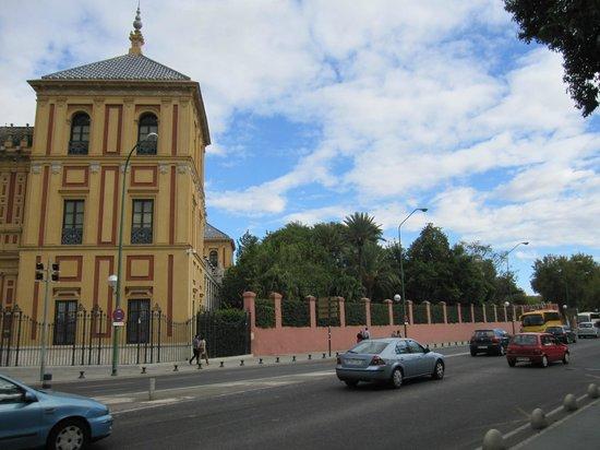 Palacio de San Telmo: Exterior.