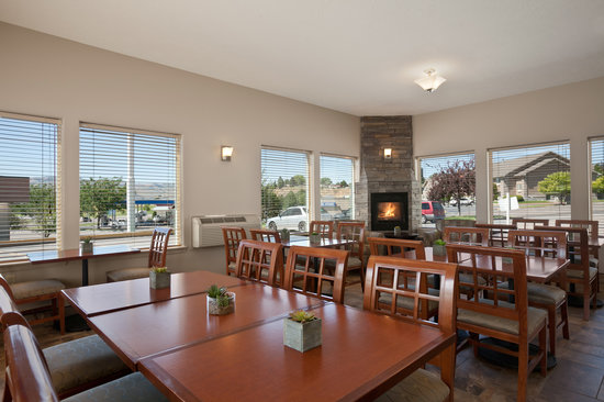 Super 8 Pocatello: Breakfast Room