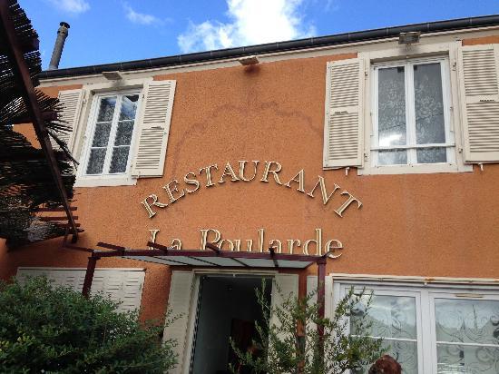 La Poularde: Exterior photo of restaurant