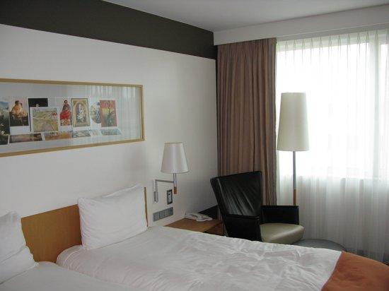 Steigenberger Airport Hotel Amsterdam: Zimmer