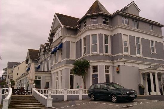 The Royal Duchy Hotel: close to door parking was arranged for us with the wheelchair