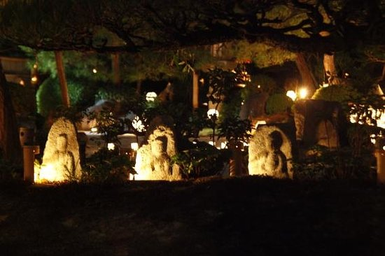 Myoshinji Temple: 梵燈のあかり