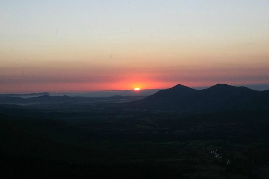 Explorers' Haven - Eungella Edge: This view is every day on the mountain