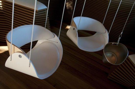 Perching bar: fauteuils suspendues