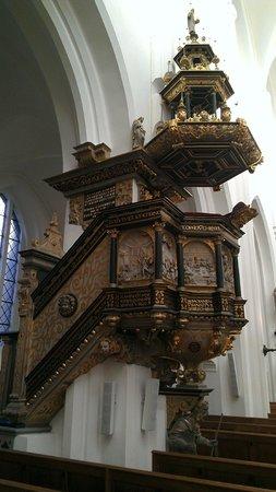 "St. Petri (St. Peter's Church): ""Podium"" on the left side"