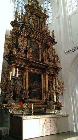 St. Petri (St. Peter's Church): Beautiful!