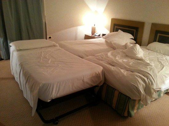 """Palace Hotel : DUS con tre letti o """" stanza magazzino """"?"""