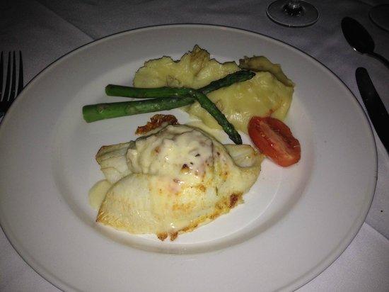 Chart House Restaurant: crab-stuffed flounder