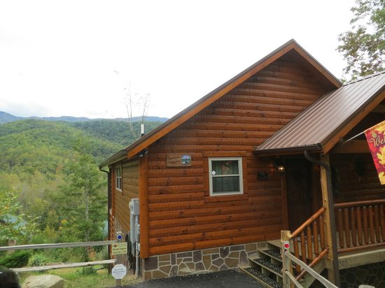 Elk Springs Resort: The cabin is as spectacular as the view