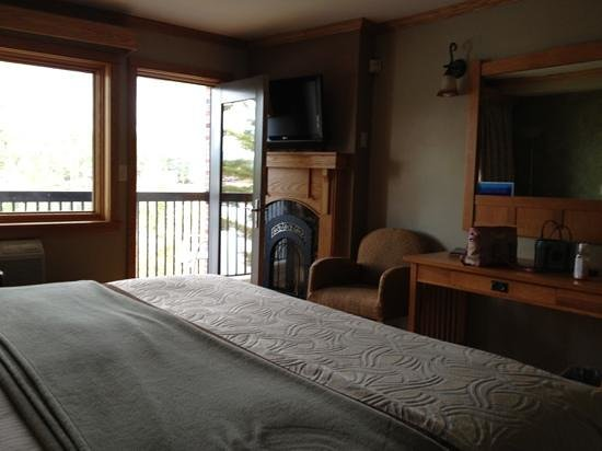Golden Arrow Lakeside Resort: Haystack Specialty Room