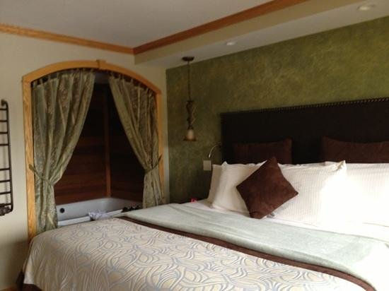 Golden Arrow Lakeside Resort: Haystack Specialty Room