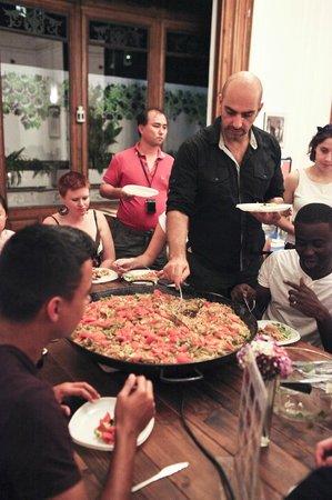 The Hipstel: cena con la gente del hostel!